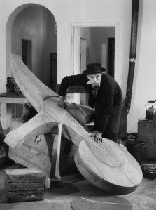 Kreuz des Büdericher Ehrenmahls 1958